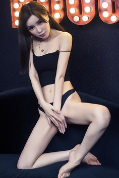 Jiao Qiaomei, Han Zikai, black silk, big breasts, beautiful color, can be eaten
